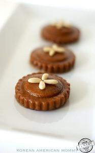 Assi Korean Traditional Cookie (Yakgwa)